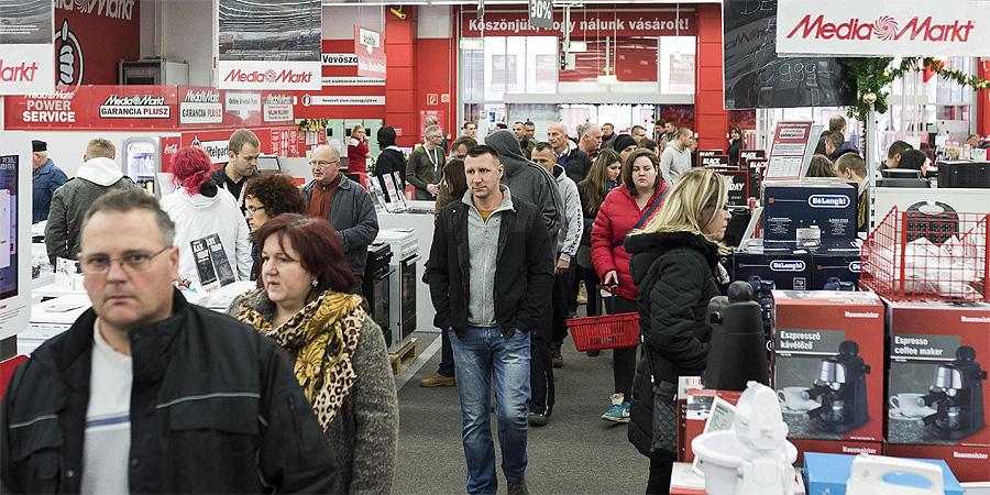 """10b201205722 """"Összement"""" az egyik debreceni Tesco, akár a Media Markt is beköltözhet az  áruházba"""